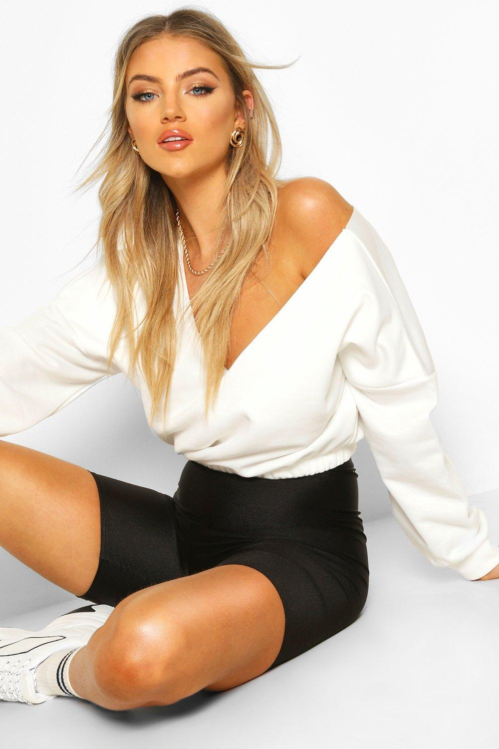 Womens V Neck Crop jumper - white - 42, White - Boohoo.com