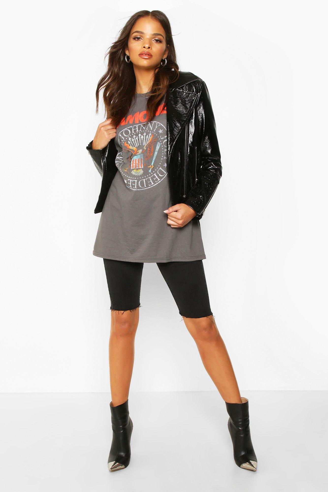 """Womens T-Shirt mit lizenziertem """"Ramones""""-Print - grau - S, Grau - Boohoo.com"""