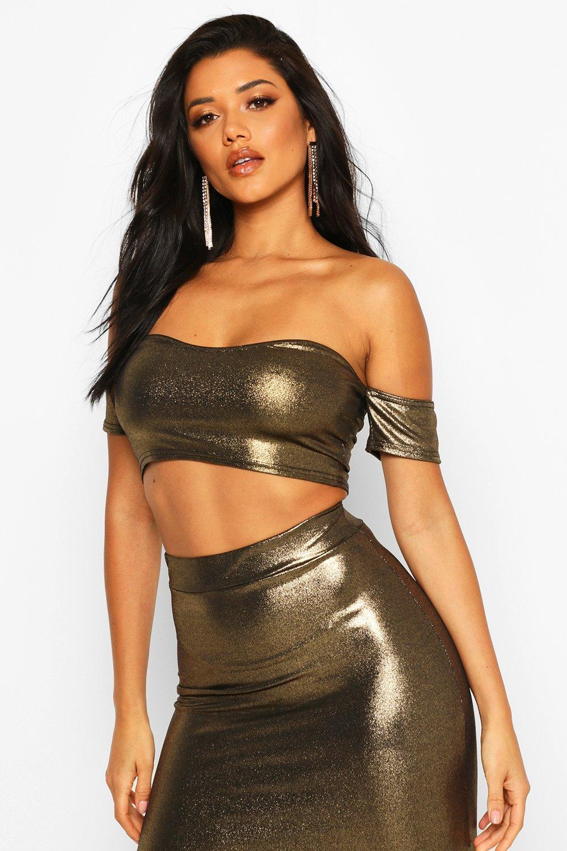 Womens Schulterfreies Crop Top in Metallic-Optik - Gold - 34, Gold - Boohoo.com