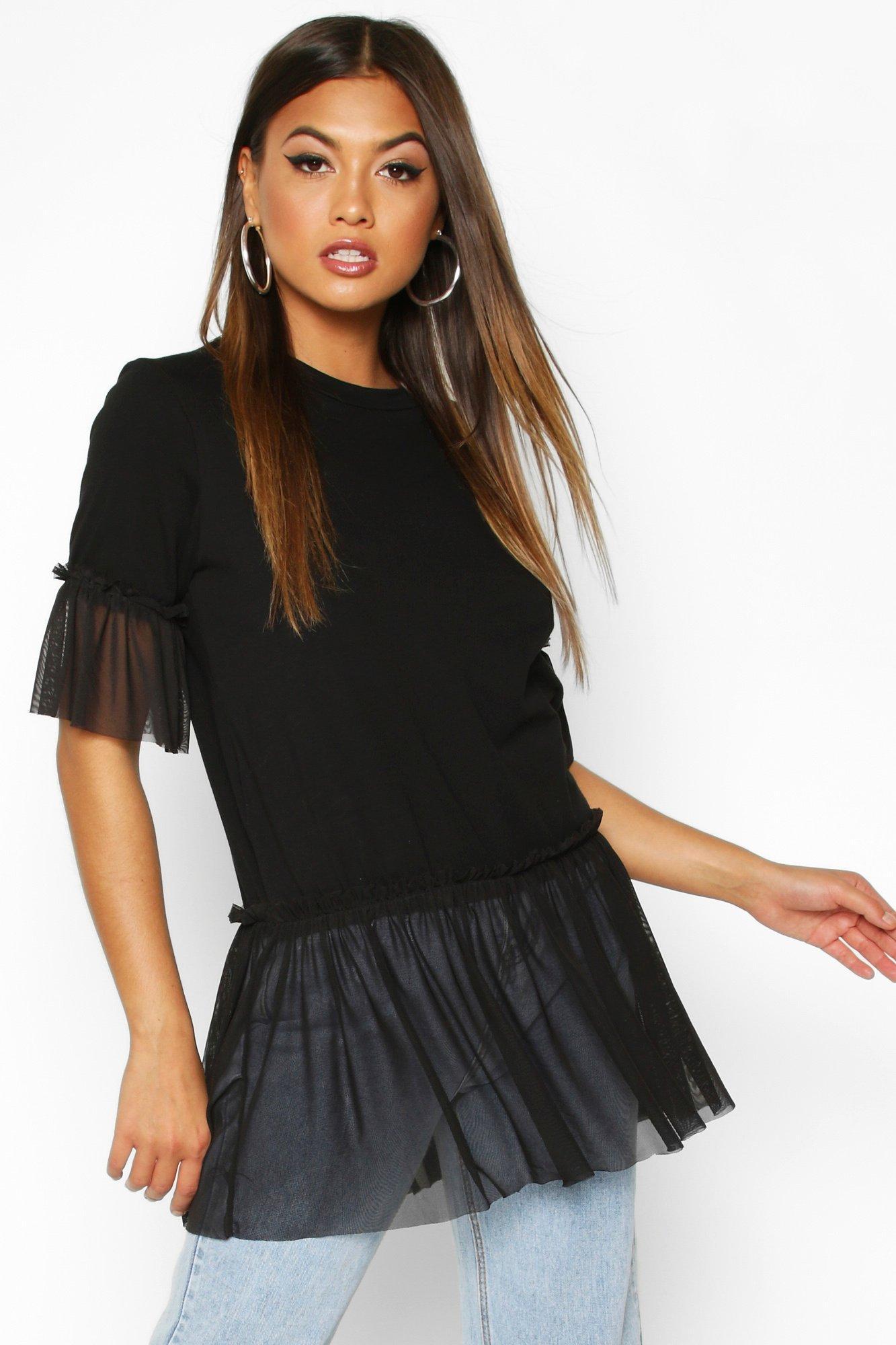 Womens T-Shirt mit Mesh-Schößchen und Rüschenärmeln - schwarz - S, Schwarz - Boohoo.com