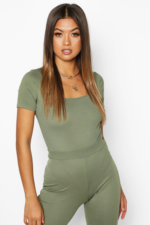 Womens Kurzärmeliger Body mit Karree-Ausschnitt aus Rippstrick - khaki - 34, Khaki - Boohoo.com