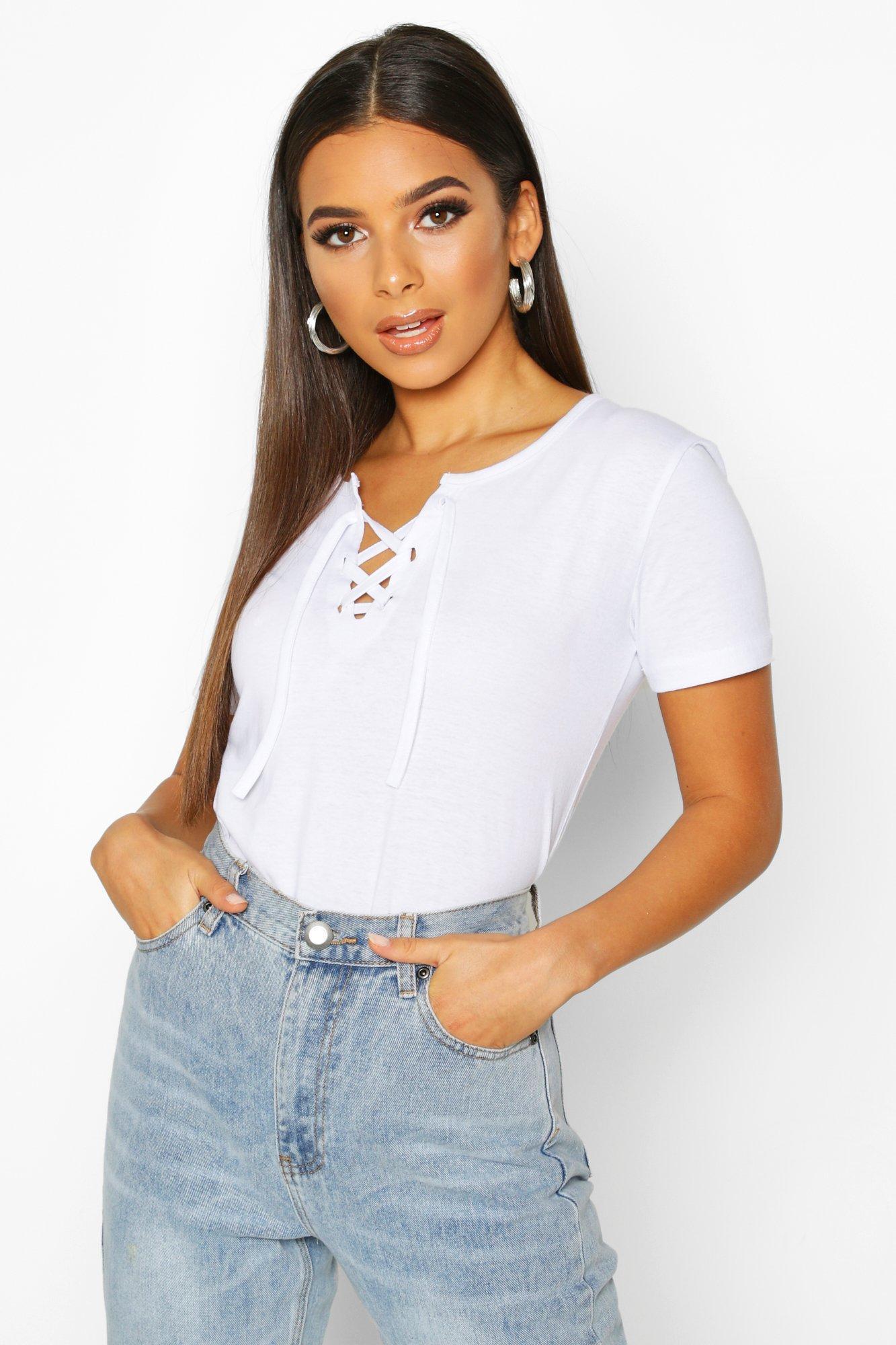 Womens T-Shirt mit Schnürung - Weiß - 34, Weiß - Boohoo.com