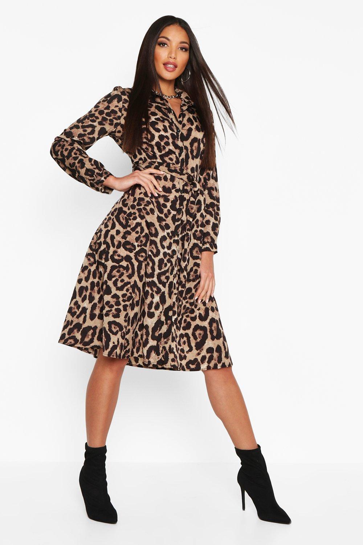 Womens Blusenkleid in Midilänge mit Leopardenmuster und mit Bindegürtel - 32, Leopard - Boohoo.com