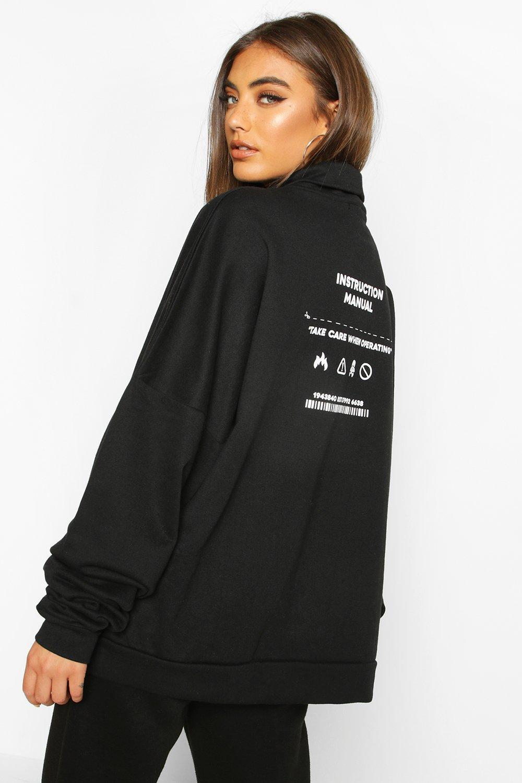 Womens Premium Sweatshirt mit Trichterkragen und super-großem Print - schwarz - S, Schwarz - Boohoo.com