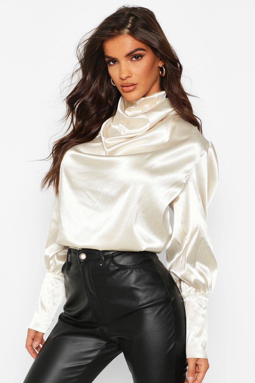 Womens Hochgeschlossene Oversized Bluse aus Satin - Champagner - 40, Champagner - Boohoo.com
