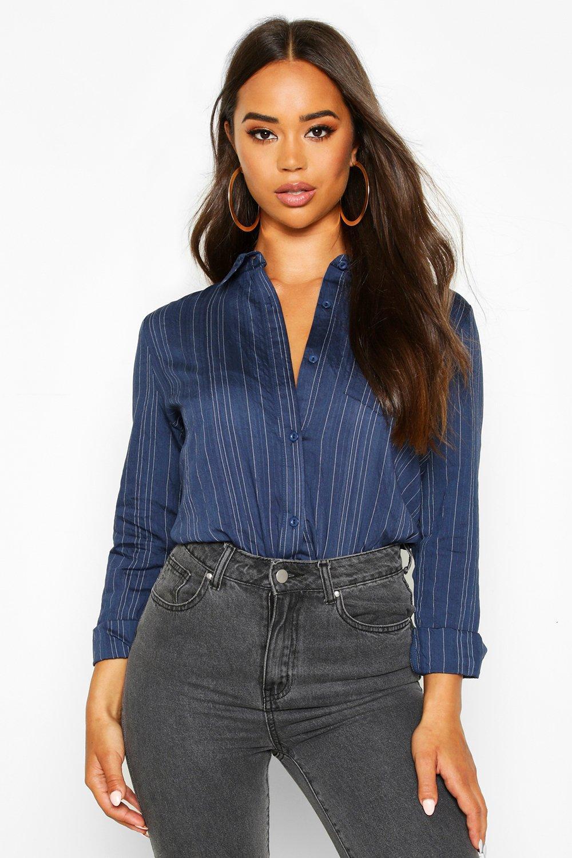 Womens Gestreiftes Shirt aus Webstoff - marineblau - 32, Marineblau - Boohoo.com