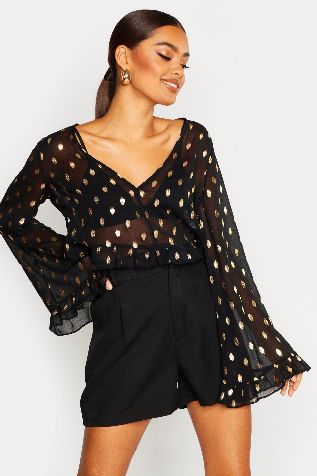 Womens Bluse mit Metallic-Punkten und ausgestellten Ärmeln - schwarz - 32, Schwarz - Boohoo.com