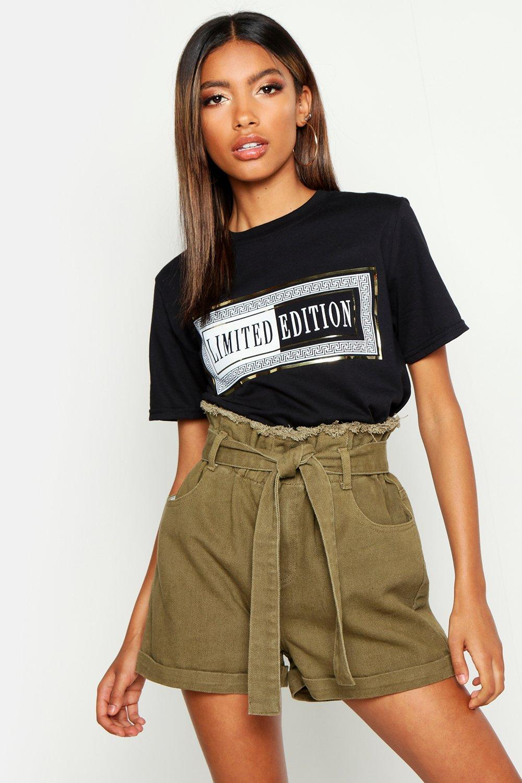 Womens T-Shirt mit Folien-Print Limited Edition - schwarz - S, Schwarz - Boohoo.com