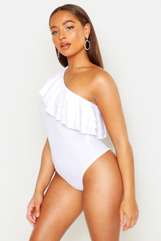 Womens One-Shoulder-Body mit Rüschen - Weiß - 38, Weiß - Boohoo.com