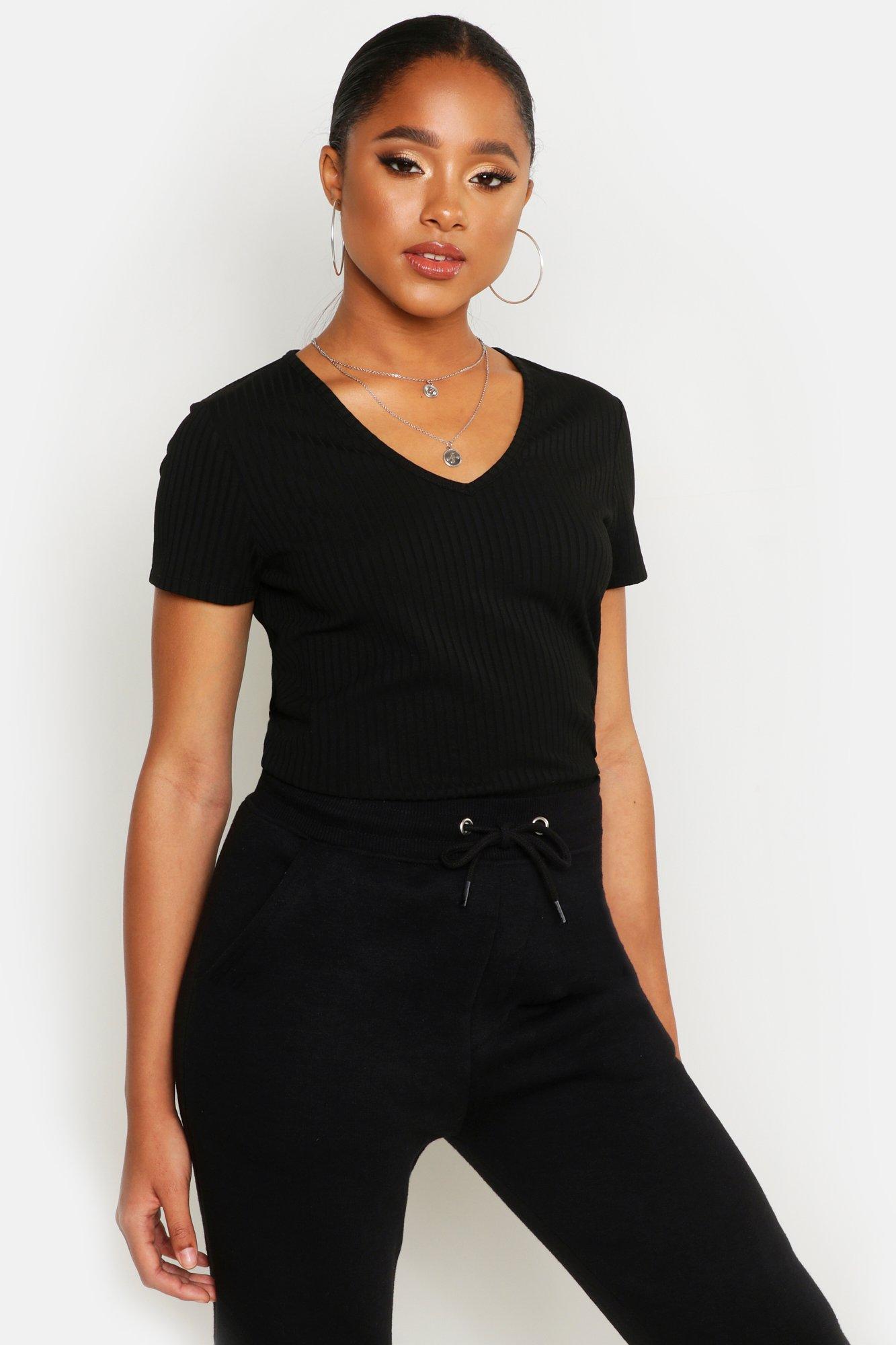 Womens Reripptes Basic-T-Shirt mit V-Ausschnitt und Flügelärmeln - schwarz - 40, Schwarz - Boohoo.com