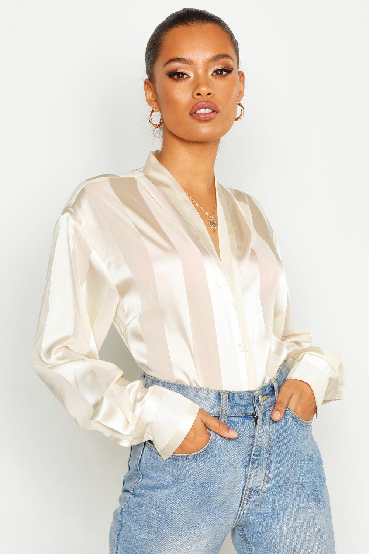 Womens Satinbluse in Streifenoptik mit Hemdkragen und Knopfleiste - elfenbeinfarben - 36, Elfenbeinfarben - Boohoo.com