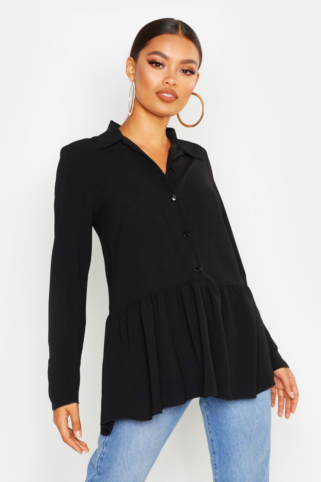 Womens Bluse mit kurzen Flügelärmeln und gerüschtem Kragen - schwarz - 32, Schwarz - Boohoo.com