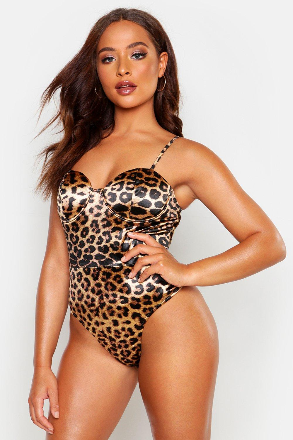 Womens Stretch-Body aus Satin mit Leopardenmuster - 32, Leopard - Boohoo.com