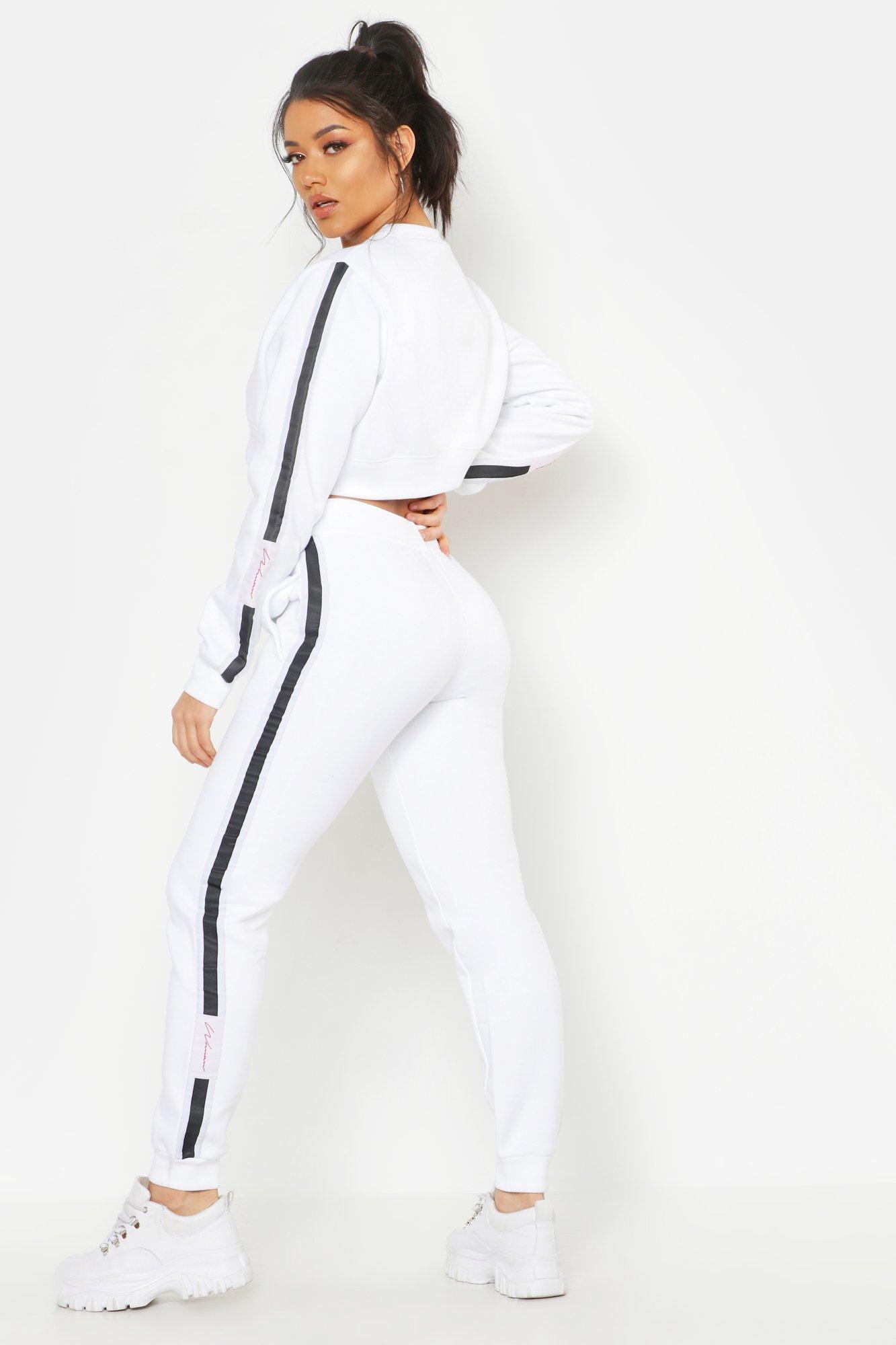 Womens Trainingsanzug aus kurzem Woman-Pullover und Jogginghose - Weiß - 36, Weiß - Boohoo.com