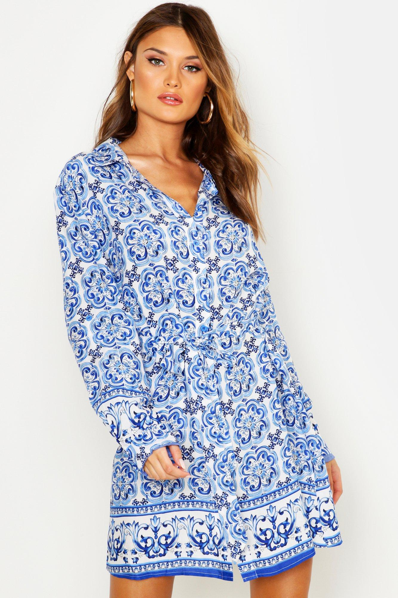 Womens Blusenkleid mit Kachel-Print - Blau - 36, Blau - Boohoo.com