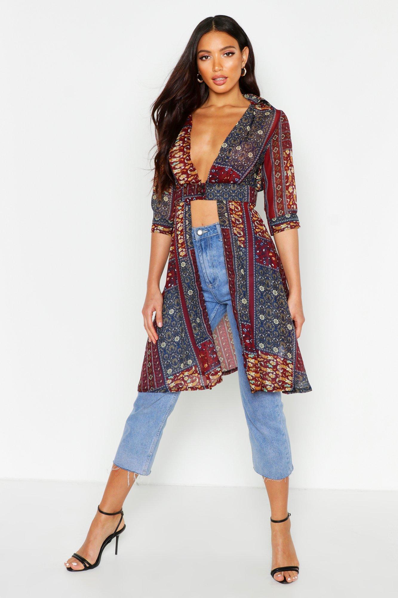 Womens Paisley-Hemd aus Webstoff mit tiefem Ausschnitt und Schlitz - weinrot - 34, Weinrot - Boohoo.com