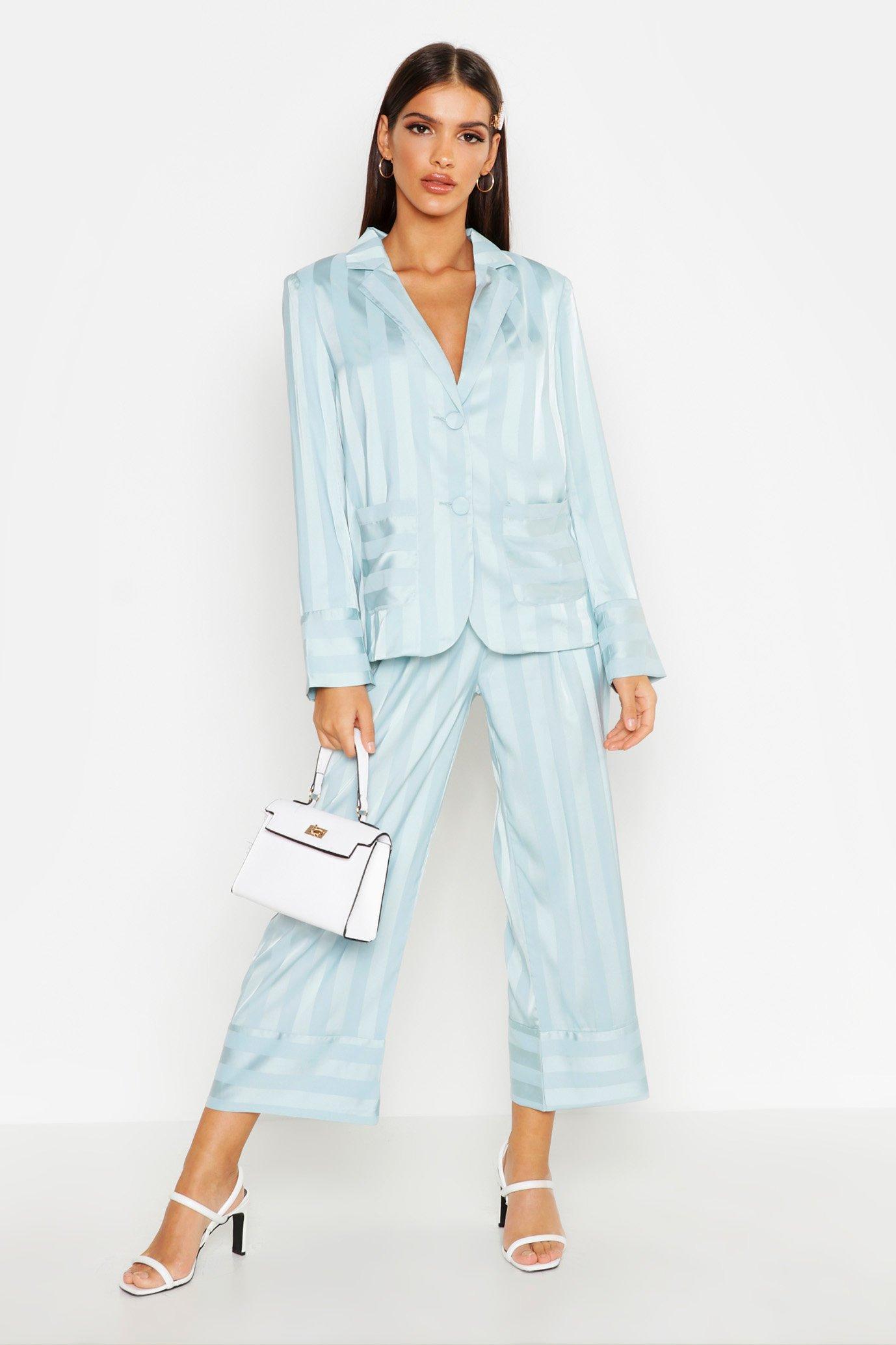 Womens Gestreifter Blazer aus Satin - Blau - S, Blau - Boohoo.com