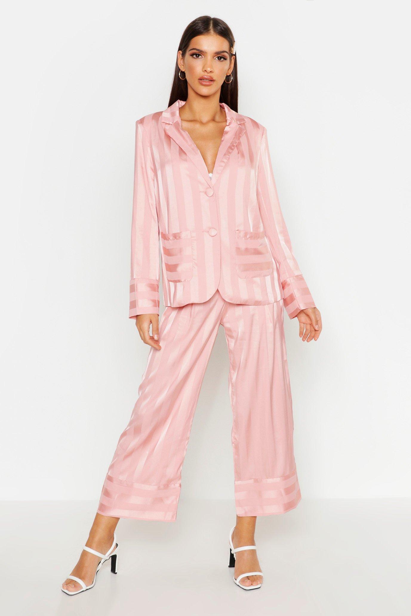 Womens Gestreifter Blazer aus Satin - rosa - S, Rosa - Boohoo.com