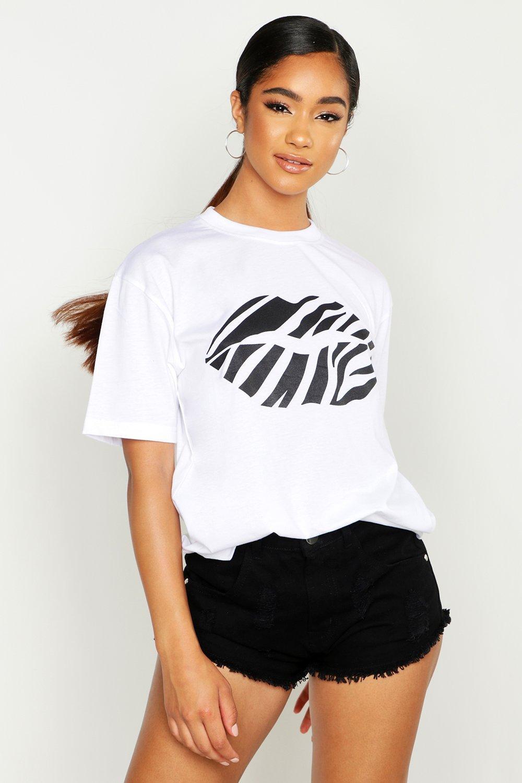 Womens T-Shirt mit Lips-Slogan - Weiß - 40, Weiß - Boohoo.com