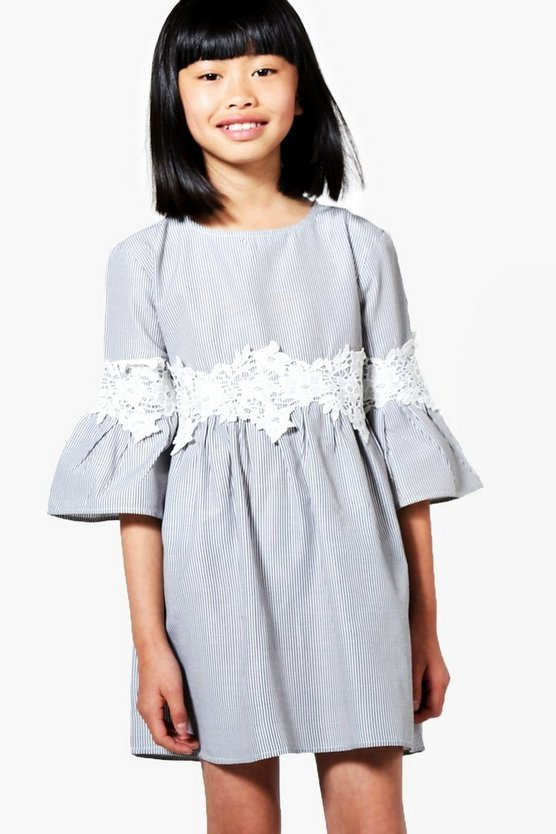 Girls Crochet Trim Wide Sleeve Dress