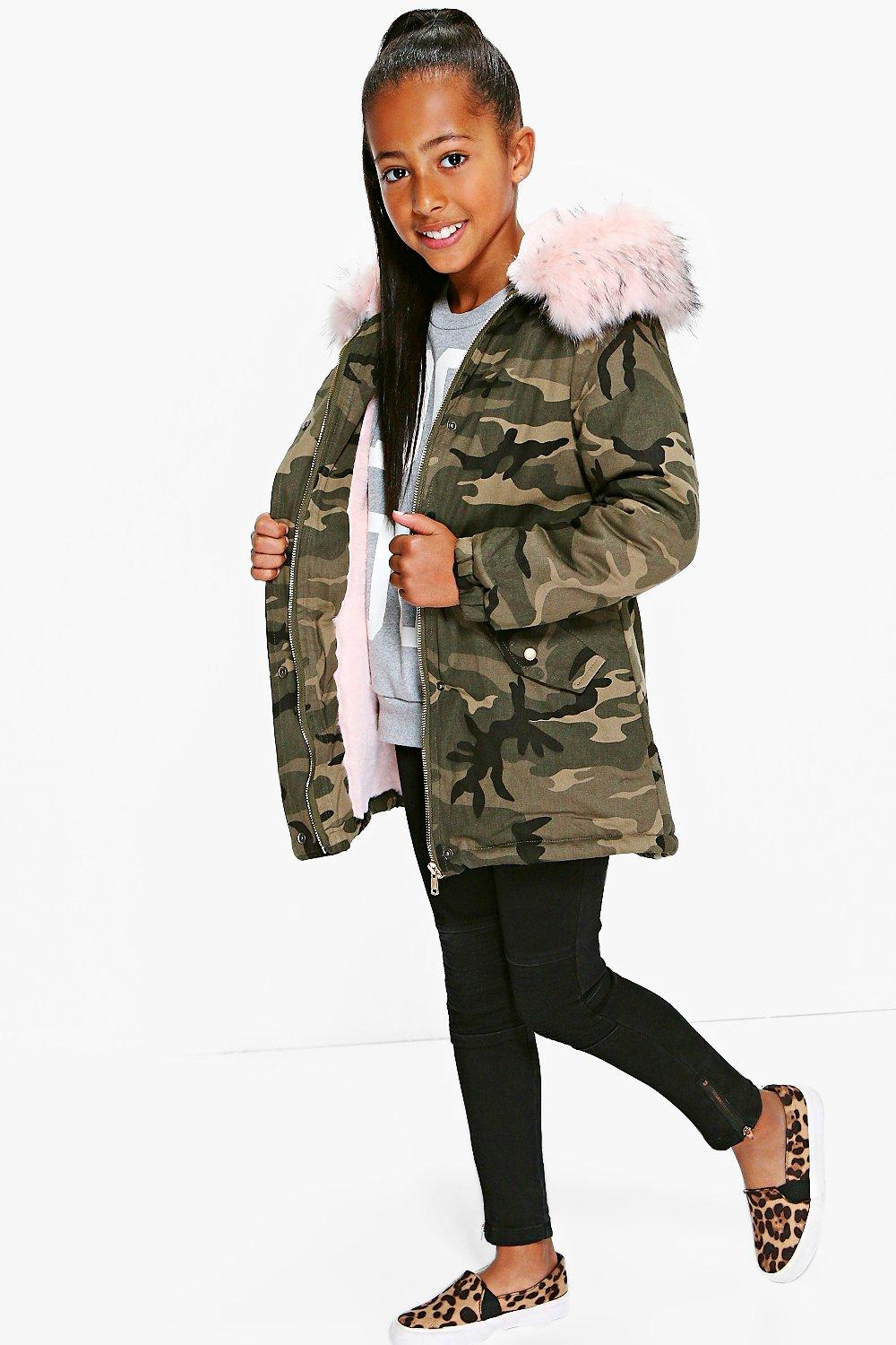 Girls Camo Faux Fur Contrast Hood Coat