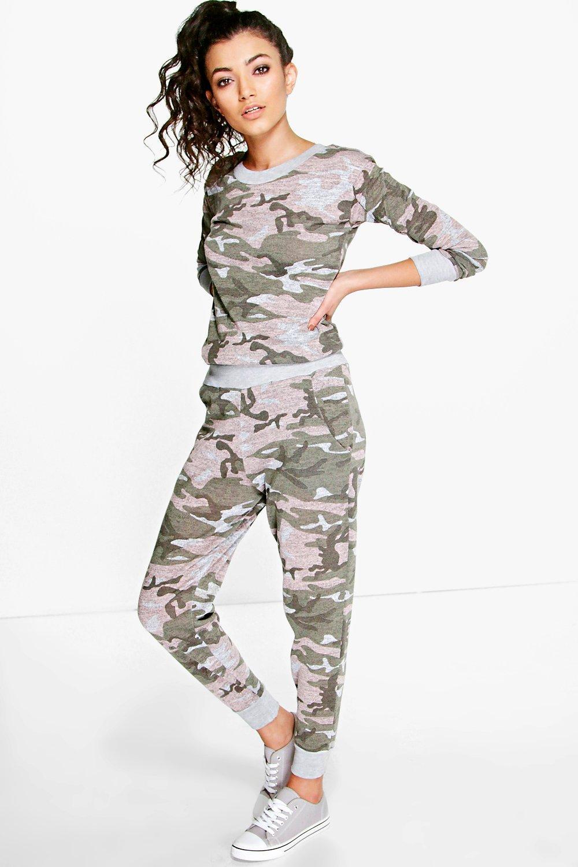 Camo 2 Piece Loungewear Set multi