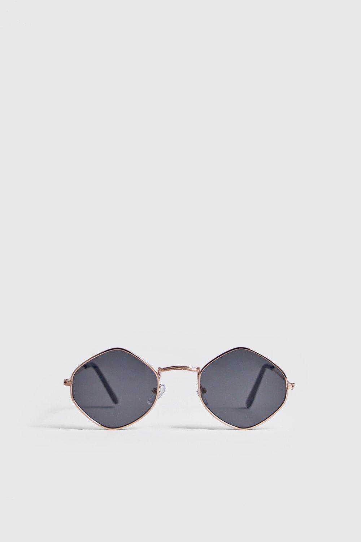 Купить Тонированные солнцезащитные очки со стразами на оправе, boohoo