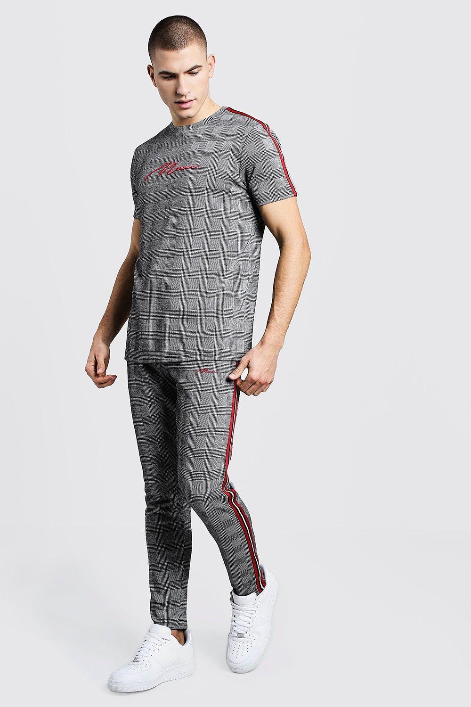 Купить Tracksuits, MAN Signature Check Jacquard T-Shirt Tracksuit, boohoo
