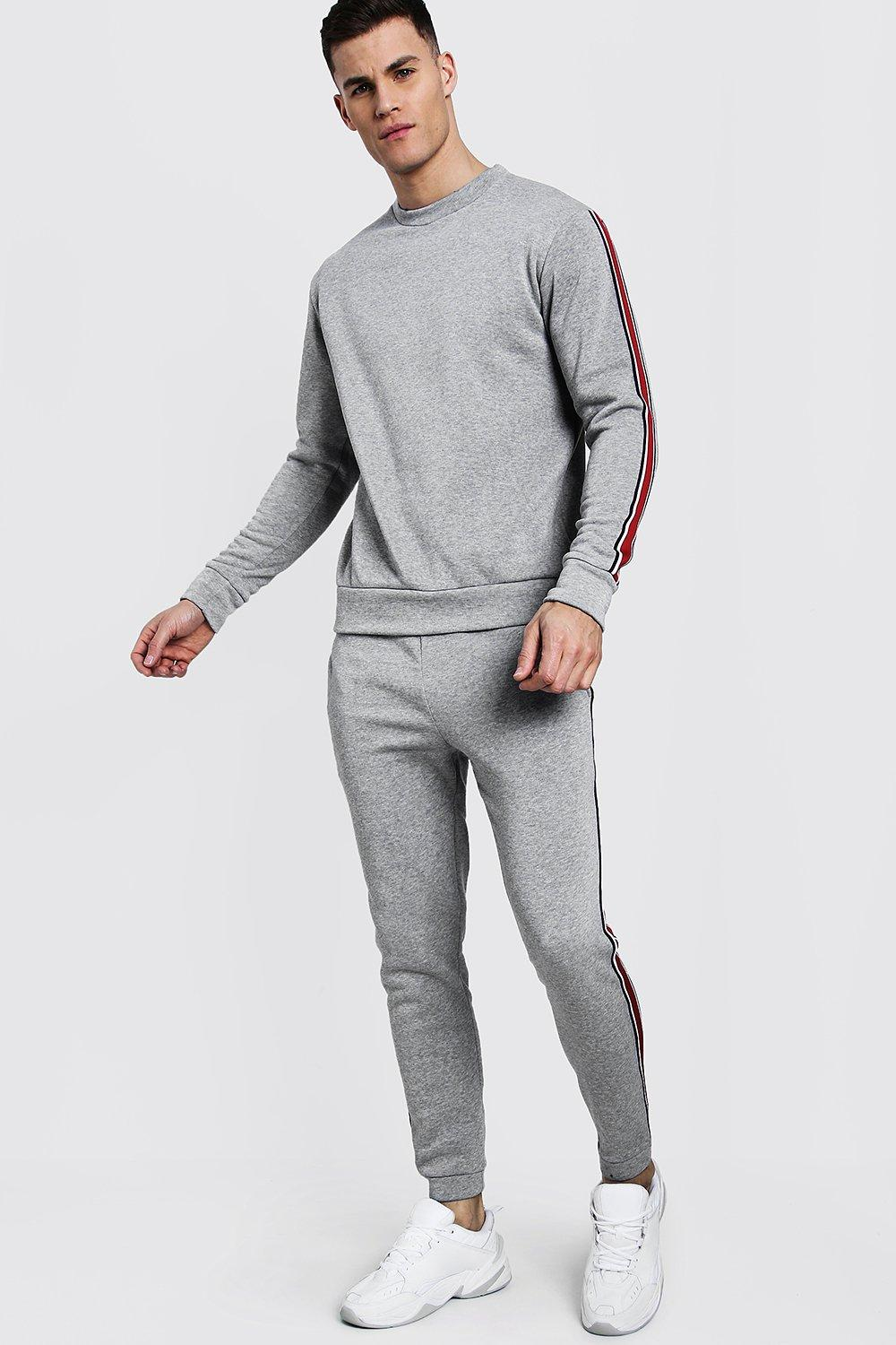 Купить Tracksuits, Sweater Tracksuit With Contrast Tape, boohoo