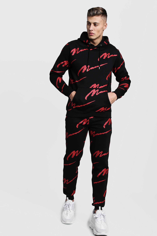 Спортивный костюм с капюшоном с красным принтом MAN по всей поверхности фото