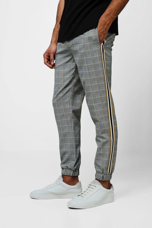 Купить Trousers, Стильные брюки для бега из ткани в клетку с лентой по бокам, boohoo