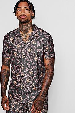 Camicia a maniche corte con colletto risvoltato e stampa barocca