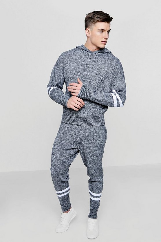 Knitted Tracksuit With Stripe