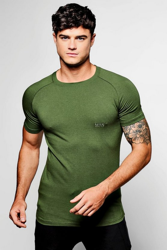 MAN Skinny Fit Raglan T-Shirt