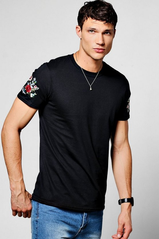 Black Crew Neck T-Shirt With Embroidered Sleeve