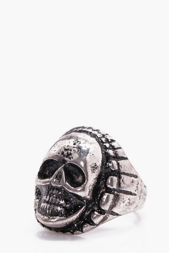 Skull Engraved Ring