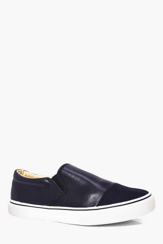Slip On Trainer With Contrast Front
