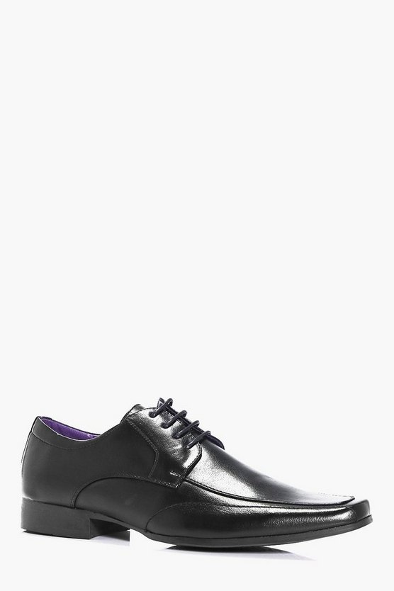 Formal Lace Up Shoe