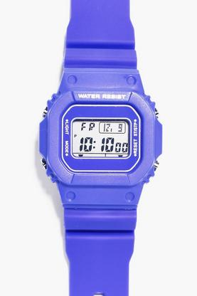 Retro Sports Watch With Square Face
