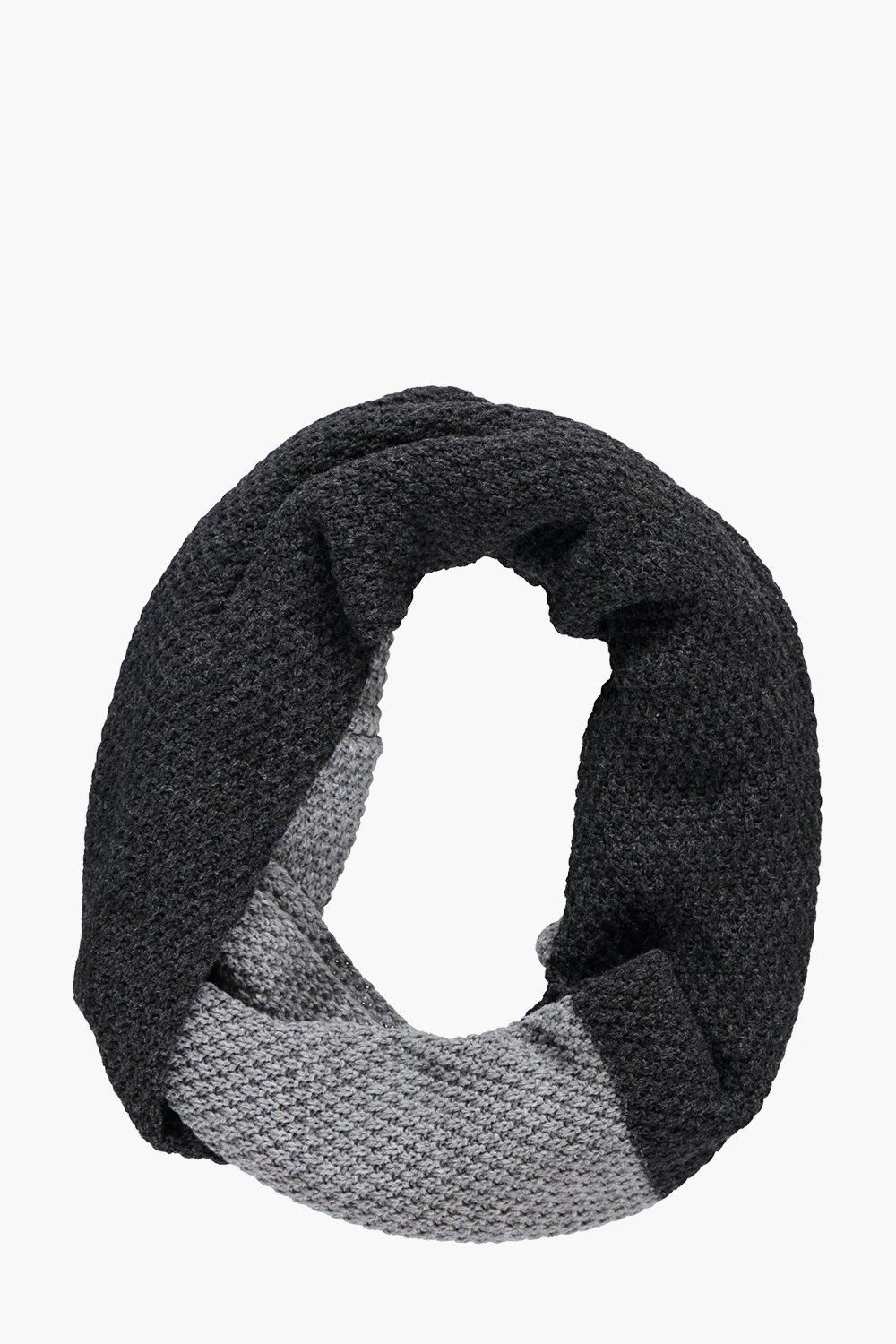 Product photo of And snood grey