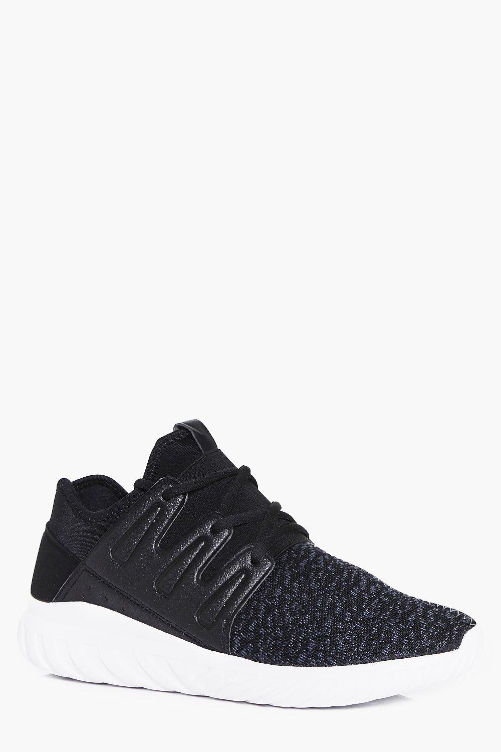 Product photo of Running trainers black