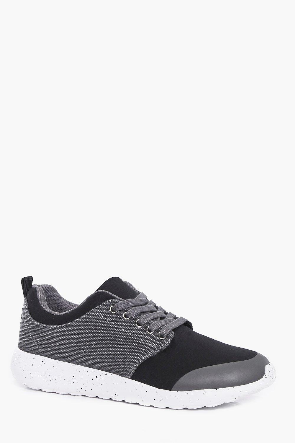 Product photo of Up running trainers with speckled sole black