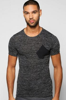 Muscle Fit Ribbed Pocket Tee