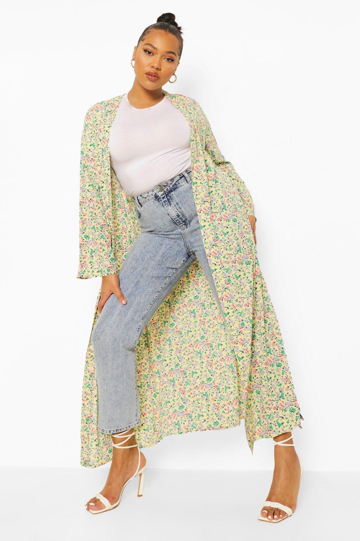 Boohoo Plus Ditsy Floral Kimono