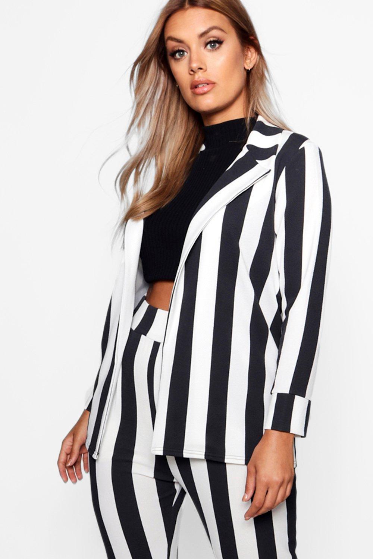 boohoo Womens Plus Stripe Tailored Blazer - Black - 22, Black