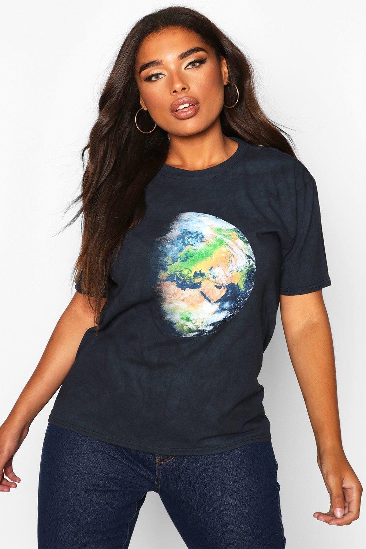 Womens Plus T-Shirt mit verwaschenem Erdkugel-Print - schwarz - 44, Schwarz - Boohoo.com