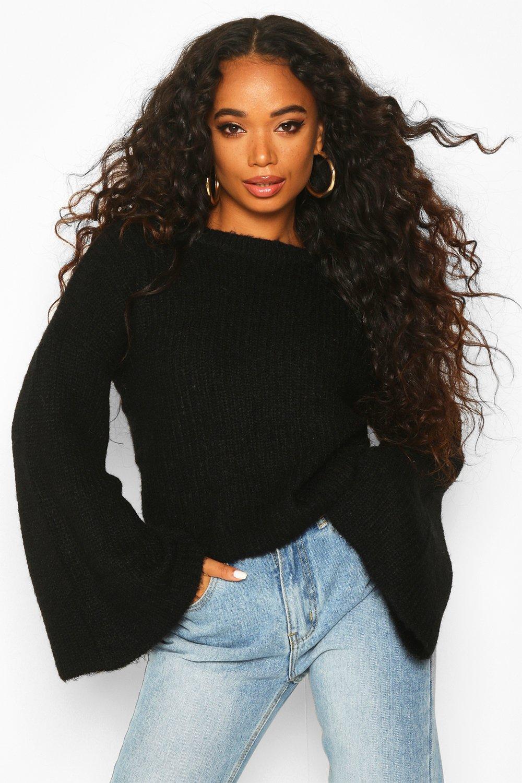Womens Petite Cropped Pullover aus Rippstrick mit ausgestellten Ärmeln - schwarz - 30, Schwarz - Boohoo.com