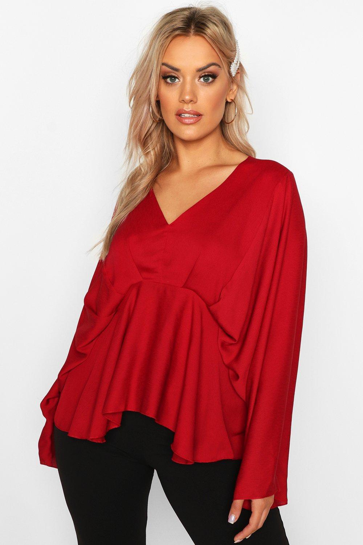 Womens Plus plissierte Bluse mit Kimonoärmeln und Schößchen - beerenrot - 44, Beerenrot - Boohoo.com