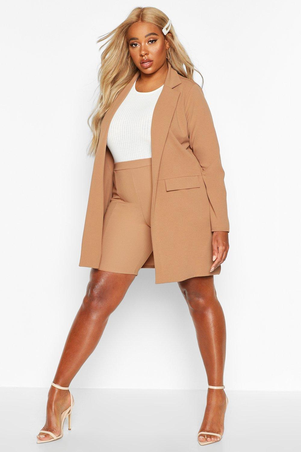 boohoo Womens Plus Pocket Detail Boyfriend Blazer - Beige - 20, Beige