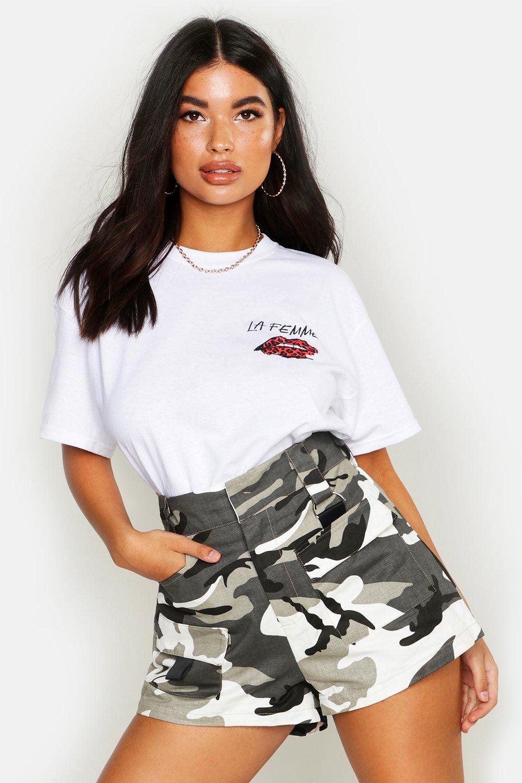 Womens Petite T-Shirt mit Tasche und Lips-Print - Weiß - 30, Weiß - Boohoo.com